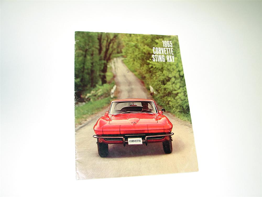 Very nice 1965 Corvette Sting Ray 16 page color showroom sales brochure. - Front 3/4 - 93786
