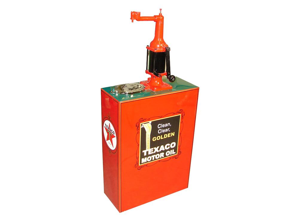 Magnificently restored late 1920s-early 1930s Texaco service station 30 gallon hand crank oil lubester - Front 3/4 - 93790