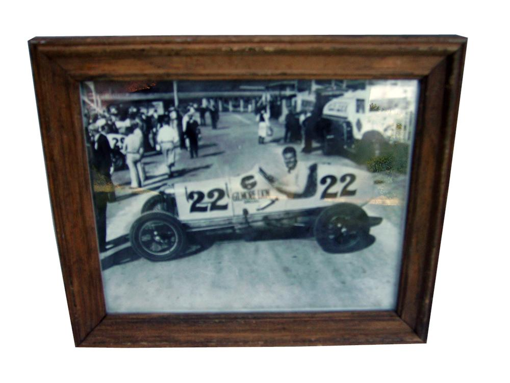 Neat photo of the Gilmore Lion Special #22 race car. - Front 3/4 - 93948
