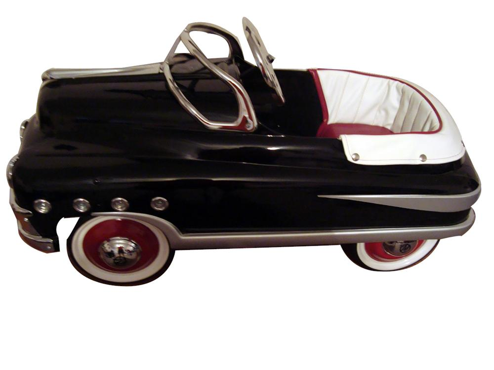 Simply exquisite 1948 Buick Murray pedal car. - Front 3/4 - 93969