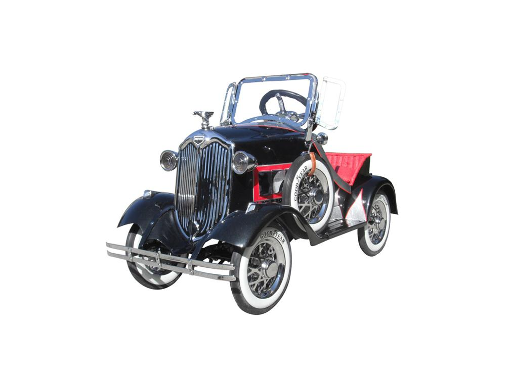 Stunning 1930s Auburn Pedal Car by American National. - Front 3/4 - 93991