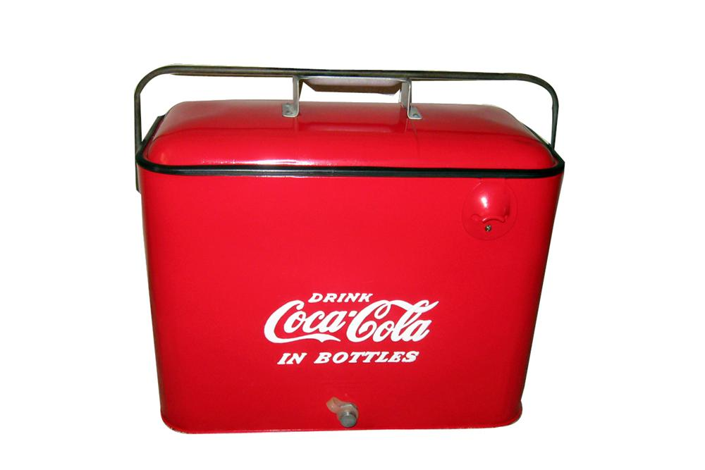 Wonderful 1950s Coca-Cola metal carrying cooler. Very nice! - Front 3/4 - 93999