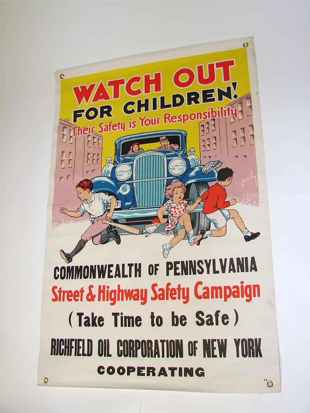Superlative N.O.S. late 1920s-early 1930s Richfield Oil safety campaign cloth service station banner. - Front 3/4 - 97094