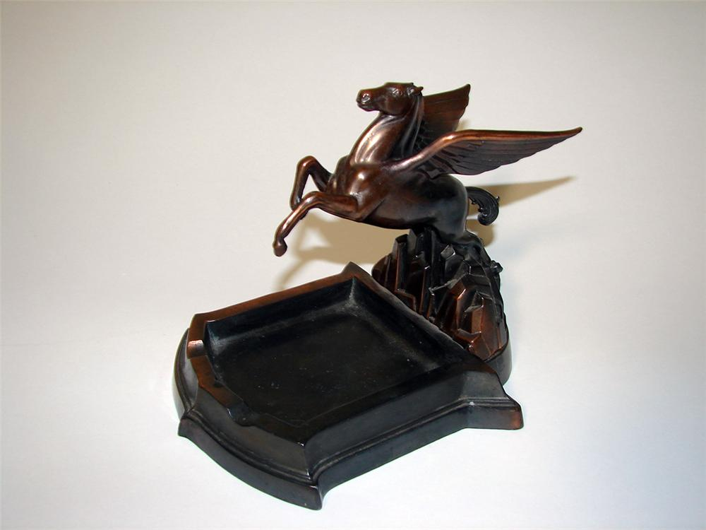 Phenomenal 1930s Mobil Oil dealer award cast bronze ashtray featuring a three-dimensional Pegasus. - Front 3/4 - 97108