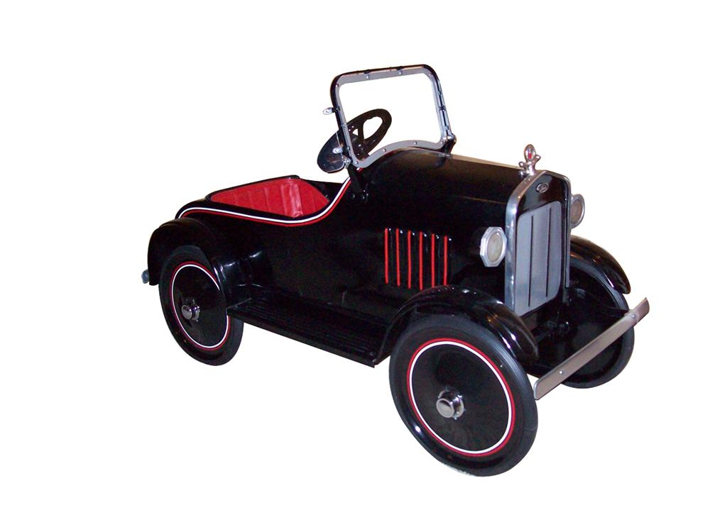 Late 1920s restored Ford Sedan pedal car. - Front 3/4 - 97990
