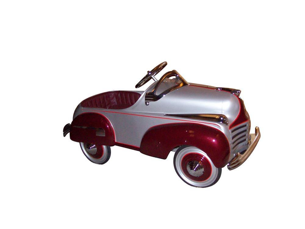 Very stylish 1941 Chrysler pedal car by Murray. - Front 3/4 - 97991