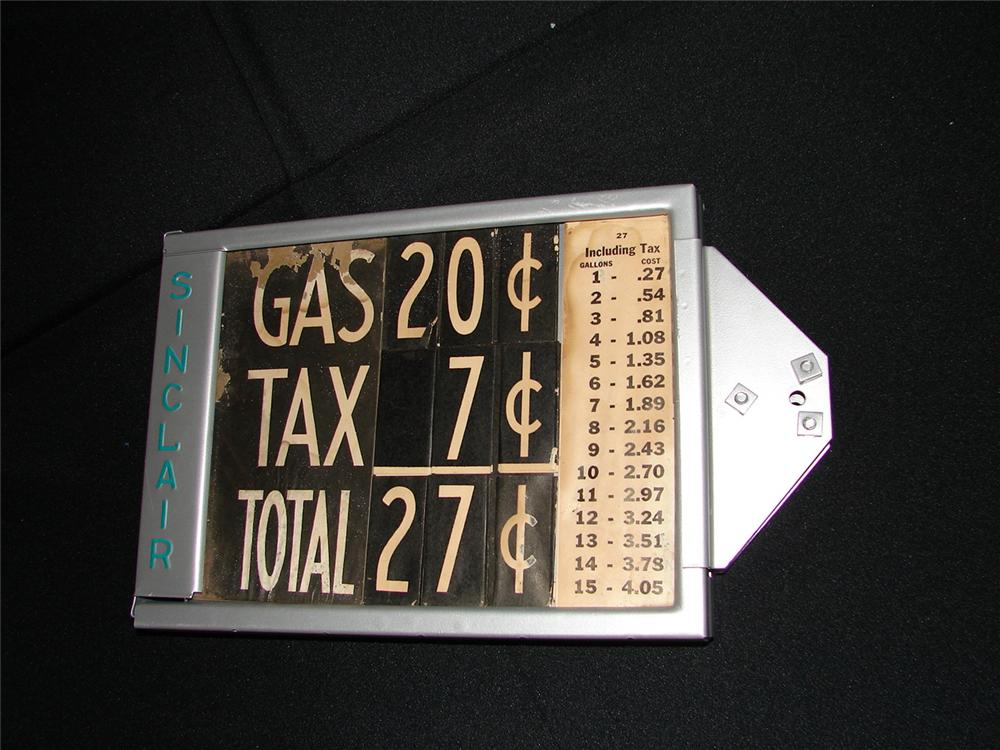 Addendum Item - Interesting 1920s Sinclair Gasoline visible gas pump price marker filled with original price per gallon cards. - Front 3/4 - 99618