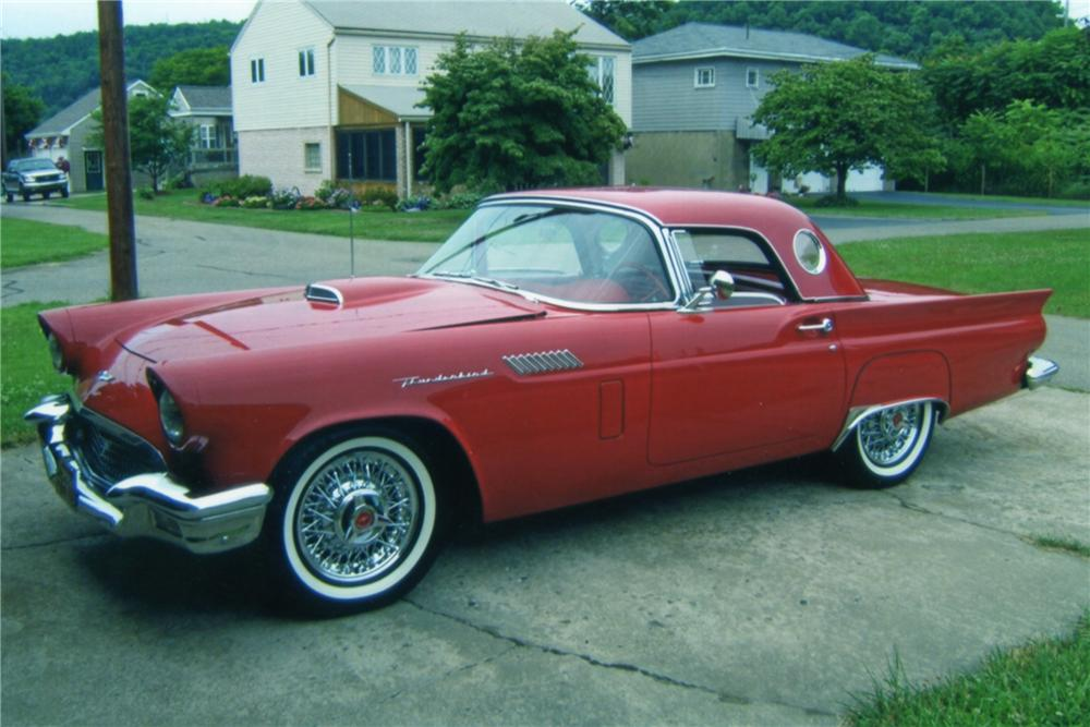 1957 FORD THUNDERBIRD CONVERTIBLE - Front 3/4 - 101599