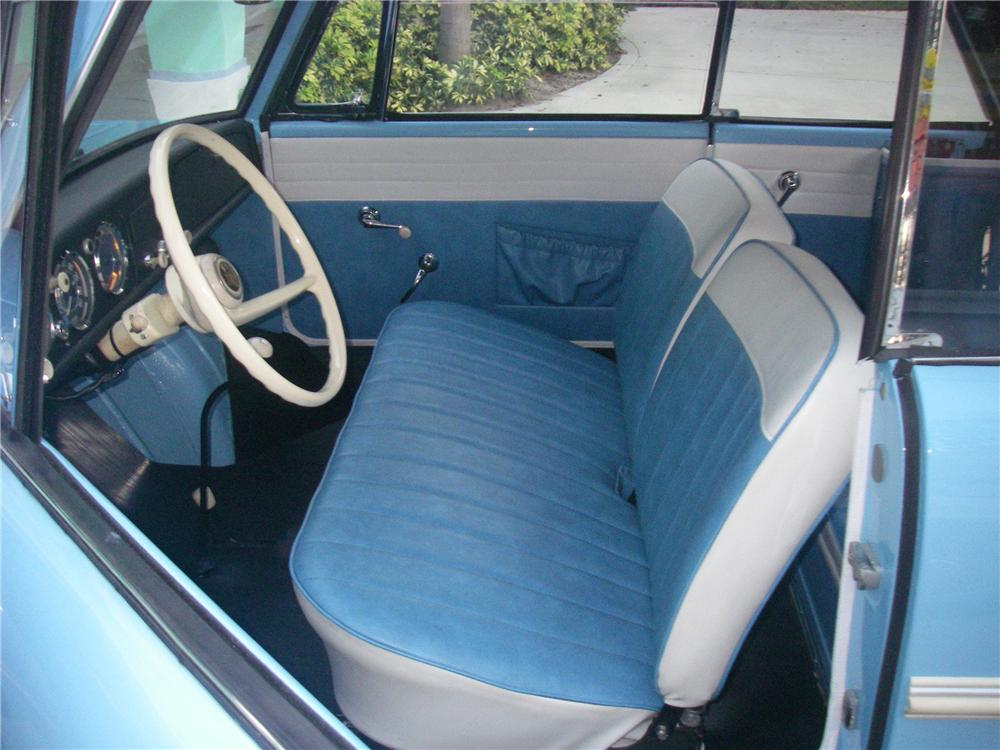 1966 AMPHICAR 770 CONVERTIBLE - Interior - 101601