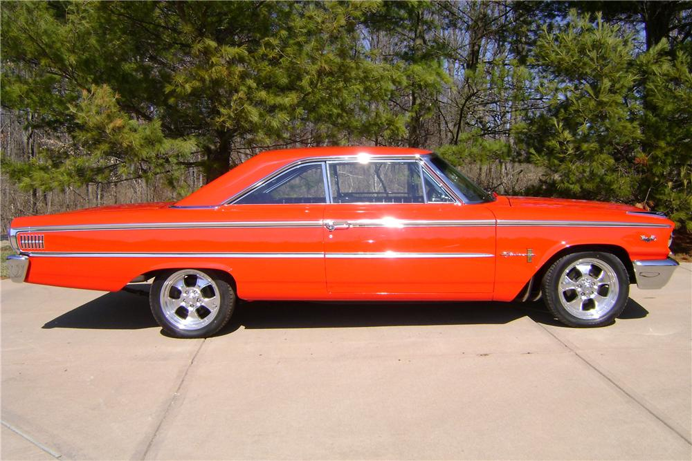 1963 FORD GALAXIE 500 2 DOOR COUPE - Side Profile - 101609