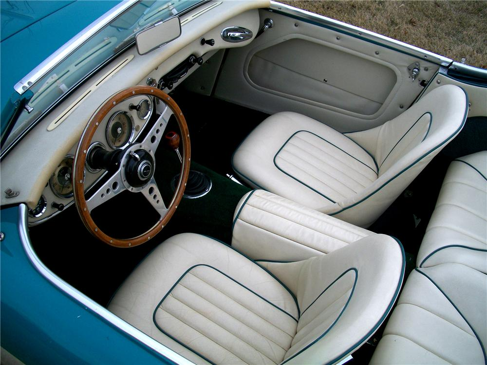 1958 AUSTIN-HEALEY 100-6 BN4 CONVERTIBLE - Interior - 101614