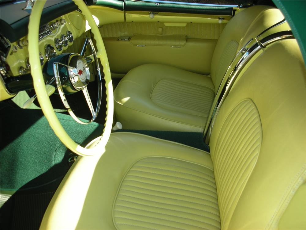 1955 CHEVROLET CORVETTE CONVERTIBLE - Interior - 101619