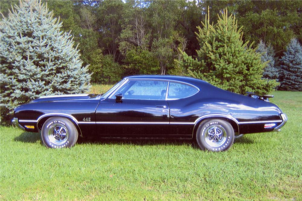 1971 OLDSMOBILE 442 2 DOOR COUPE - Side Profile - 101644
