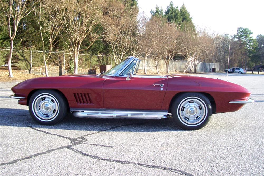 1967 CHEVROLET CORVETTE CONVERTIBLE - Side Profile - 101659