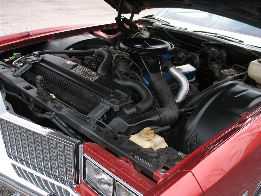 1976 CADILLAC ELDORADO CONVERTIBLE - Engine - 101668
