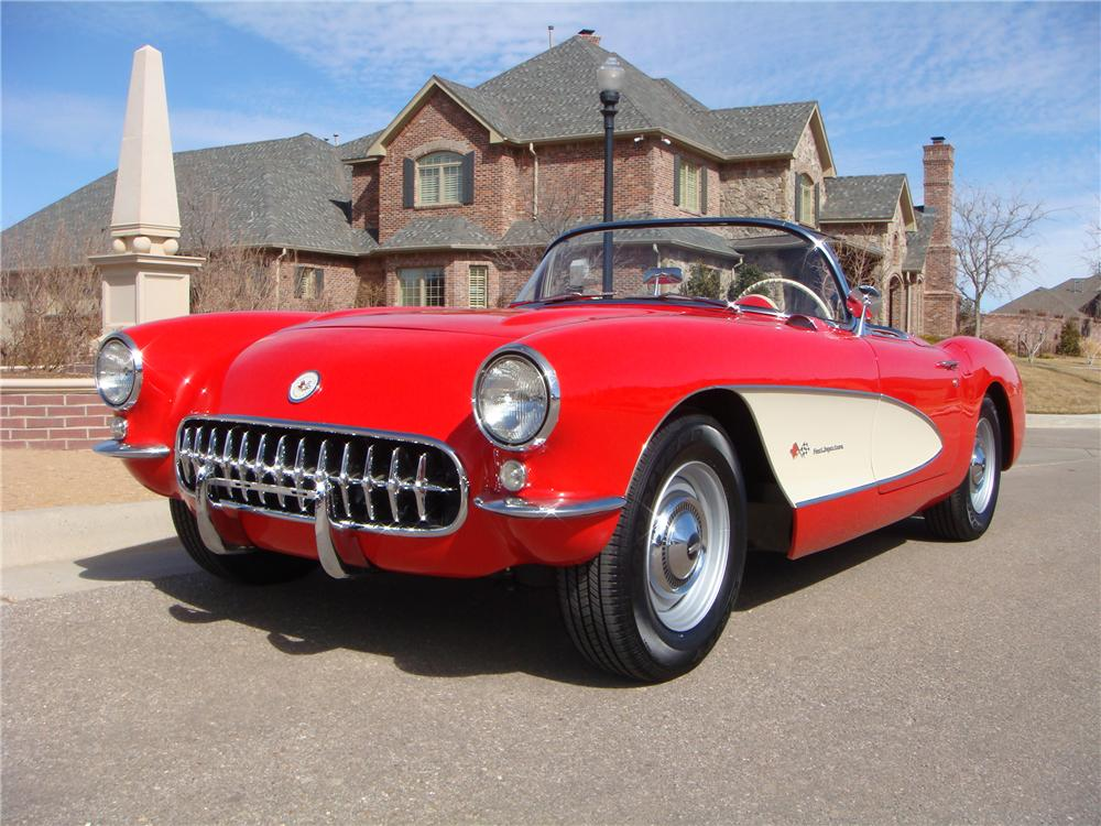 1957 CHEVROLET CORVETTE CONVERTIBLE - Front 3/4 - 101674