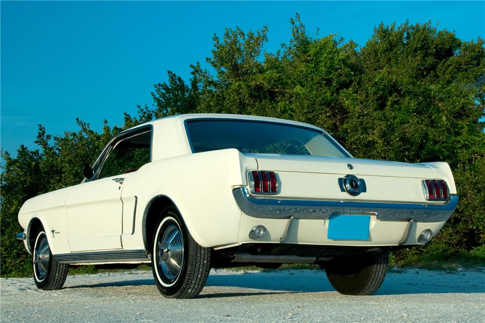 1965 FORD MUSTANG 2 DOOR COUPE - Rear 3/4 - 101680