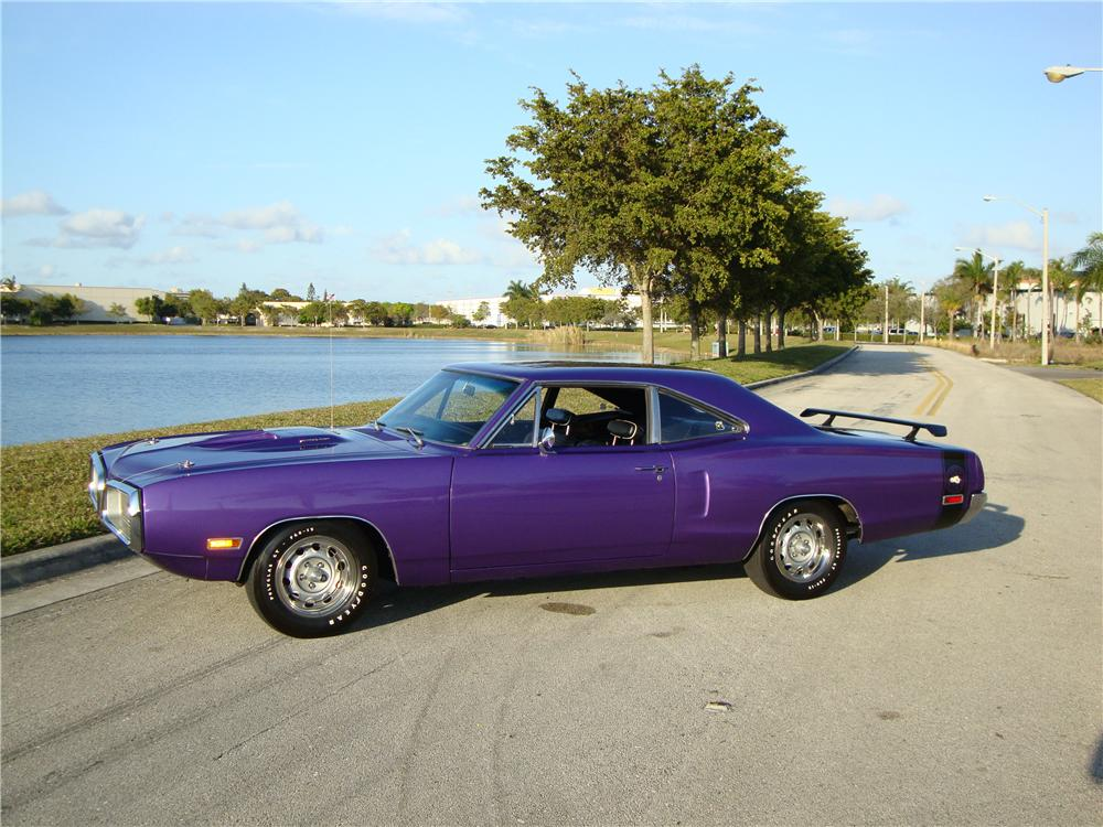 1970 DODGE SUPER BEE 2 DOOR COUPE - Side Profile - 101682