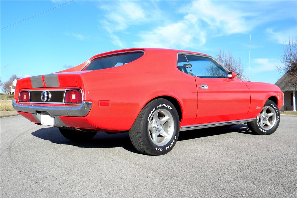 1971 FORD MUSTANG GRANDE 2 DOOR HARDTOP - Rear 3/4 - 101691