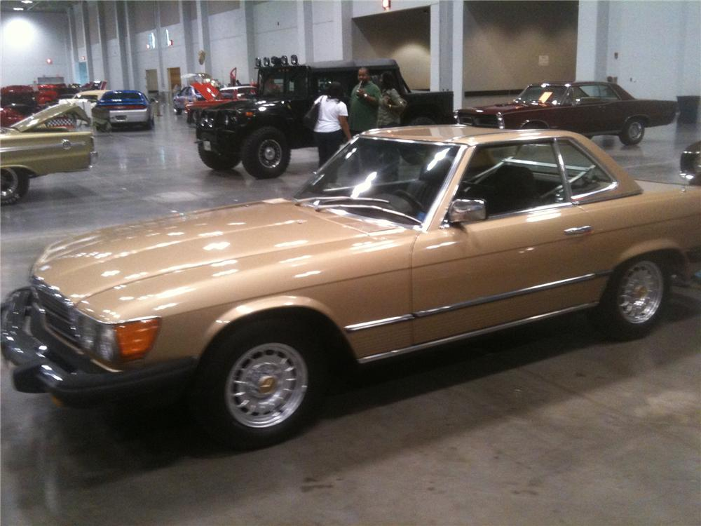 1983 MERCEDES-BENZ 380SL CONVERTIBLE - Front 3/4 - 101694