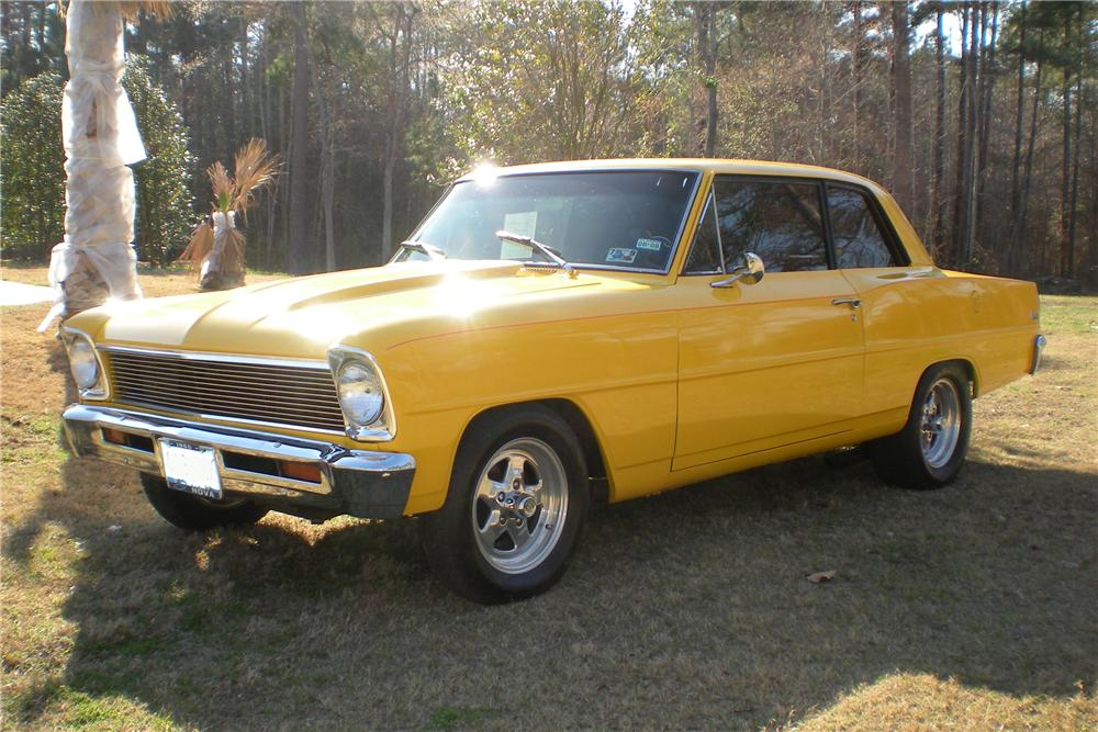 1966 CHEVROLET NOVA CUSTOM 2 DOOR HARDTOP - Front 3/4 - 101711