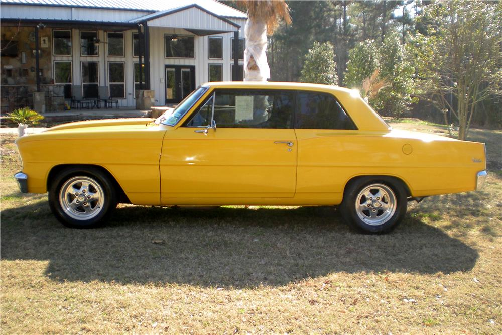 1966 CHEVROLET NOVA CUSTOM 2 DOOR HARDTOP - Side Profile - 101711