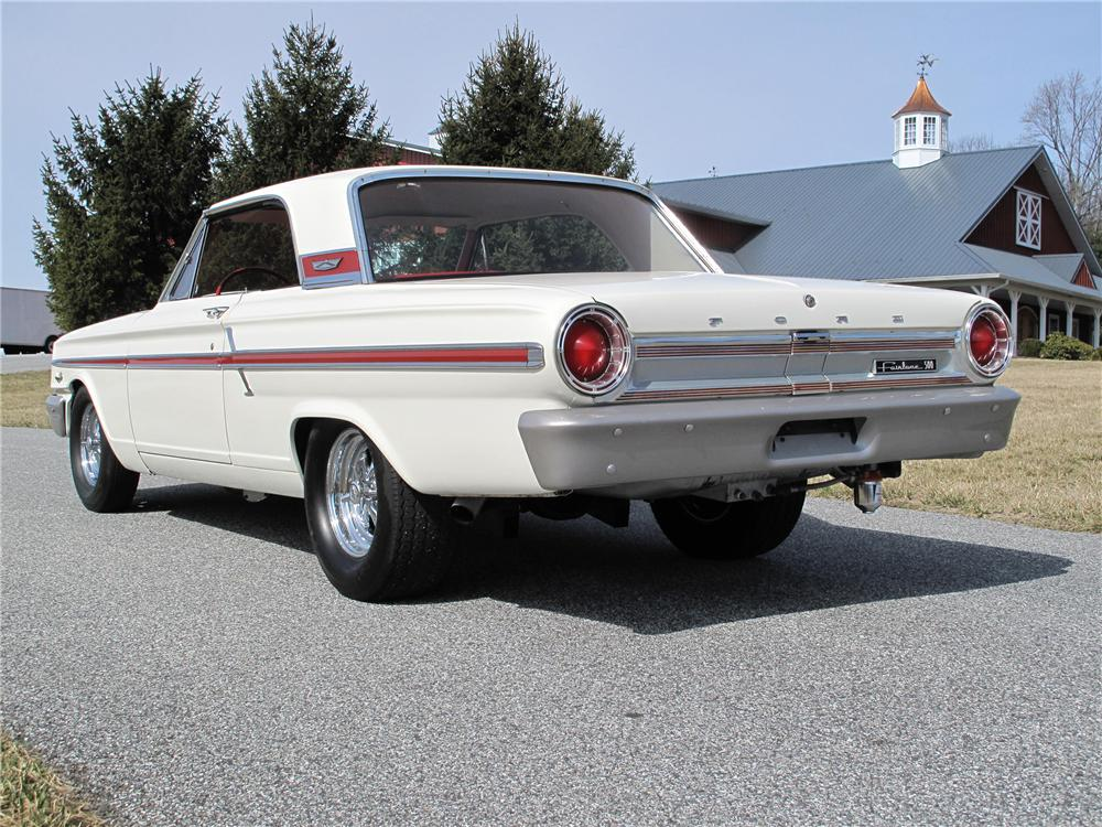 1964 FORD FAIRLANE THUNDERBOLT RE-CREATION - Rear 3/4 - 101715