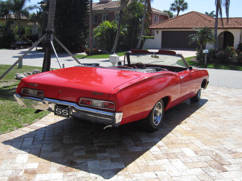 1967 CHEVROLET IMPALA SS CONVERTIBLE - Rear 3/4 - 101723