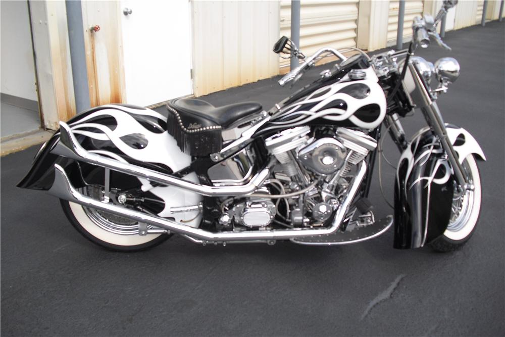 1993 HARLEY-DAVIDSON SOFTAIL CUSTOM MOTORCYCLE - Side Profile - 101724