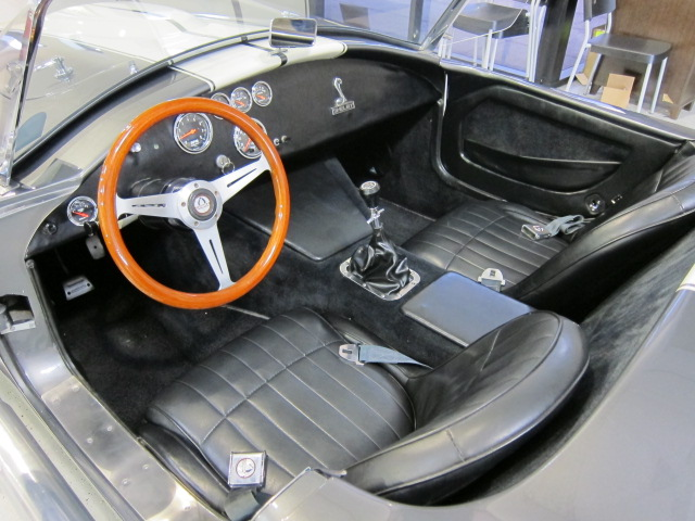 1965 SHELBY COBRA REPLICA  - Interior - 101769