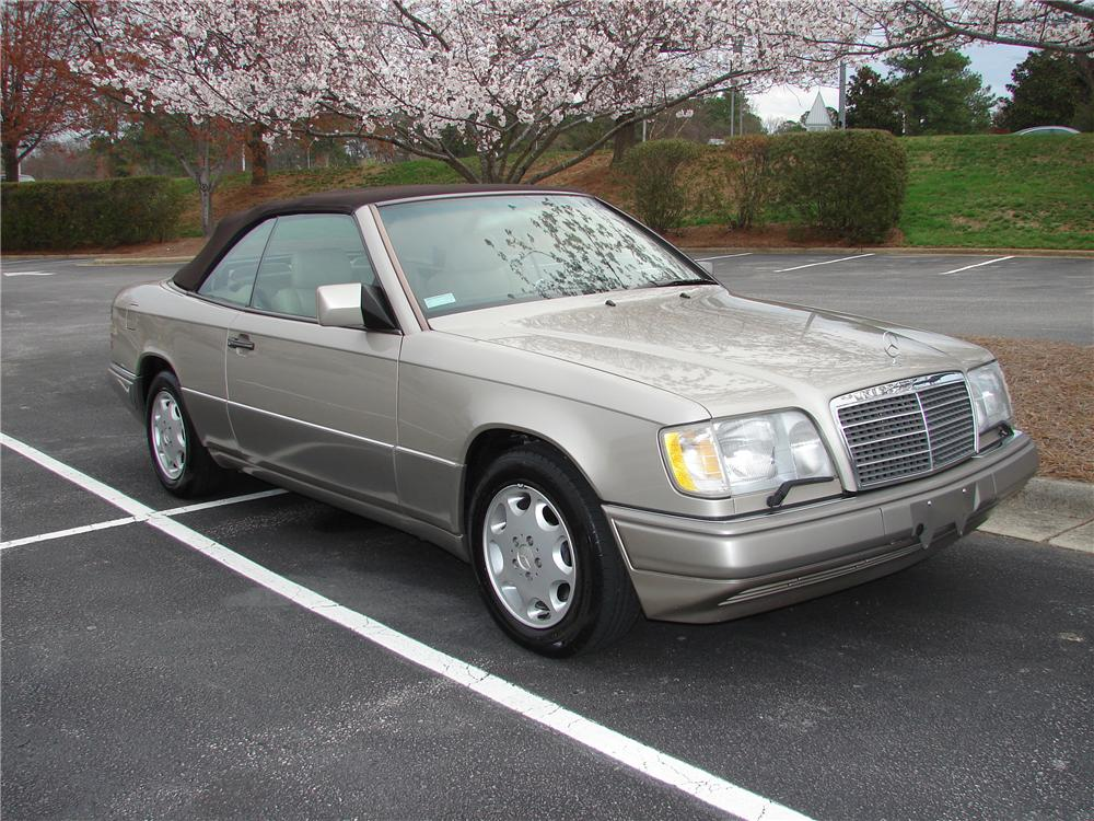 1994 mercedes benz e320 convertible 101779. Black Bedroom Furniture Sets. Home Design Ideas