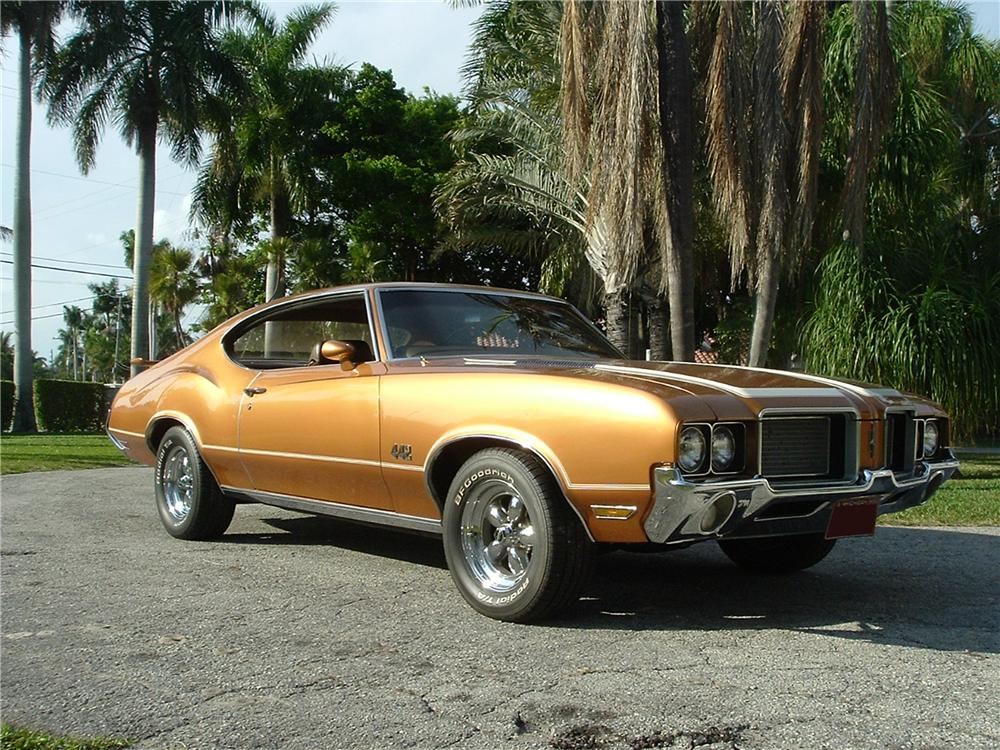 1972 OLDSMOBILE CUTLASS 442 2 DOOR COUPE - Front 3/4 - 101794