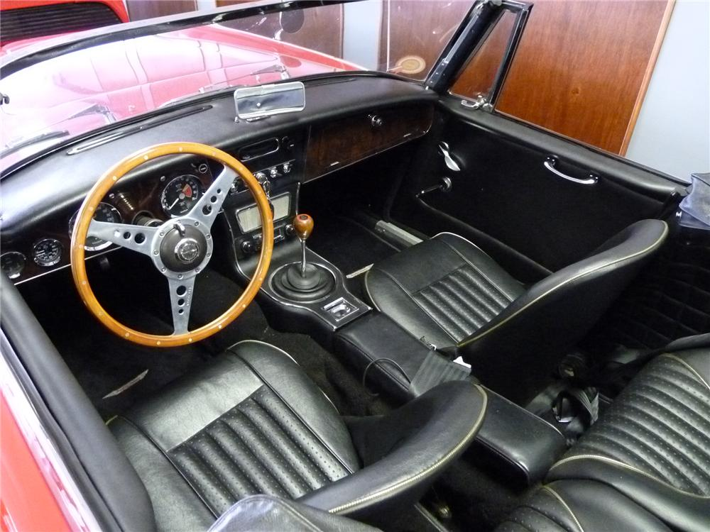 1965 AUSTIN-HEALEY 3000 MARK III BJ8 ROADSTER - Interior - 101795