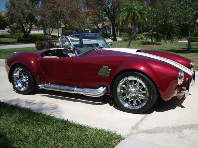 1965 SHELBY COBRA RE-CREATION ROADSTER - Front 3/4 - 101953