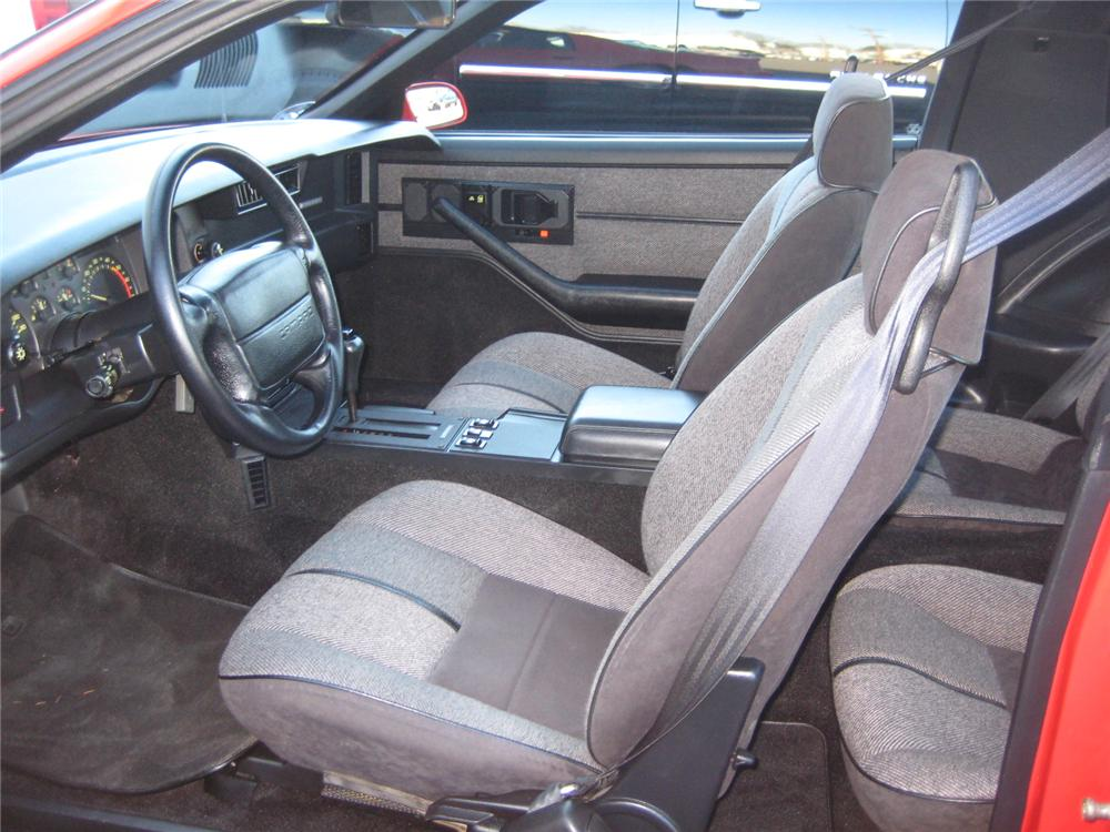 1991 CHEVROLET CAMARO 2 DOOR COUPE - Interior - 101958