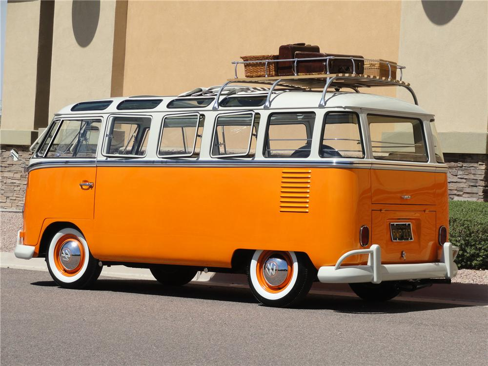 1962 VOLKSWAGEN 23 WINDOW CUSTOM SAMBA BUS - Rear 3/4 - 101959