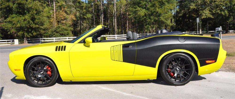 2009 DODGE CHALLENGER CUSTOM CONVERTIBLE - Side Profile - 101972