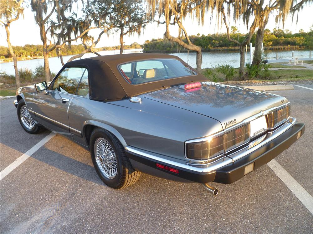 1992 JAGUAR XJS CONVERTIBLE - Rear 3/4 - 101978