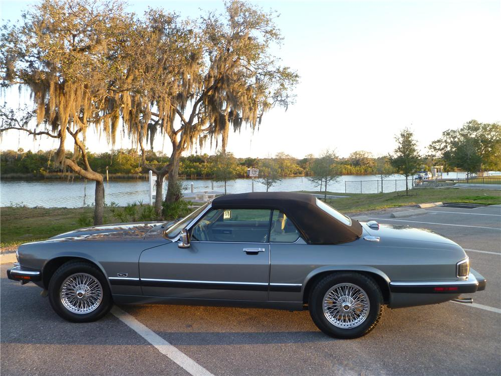 1992 JAGUAR XJS CONVERTIBLE - Side Profile - 101978