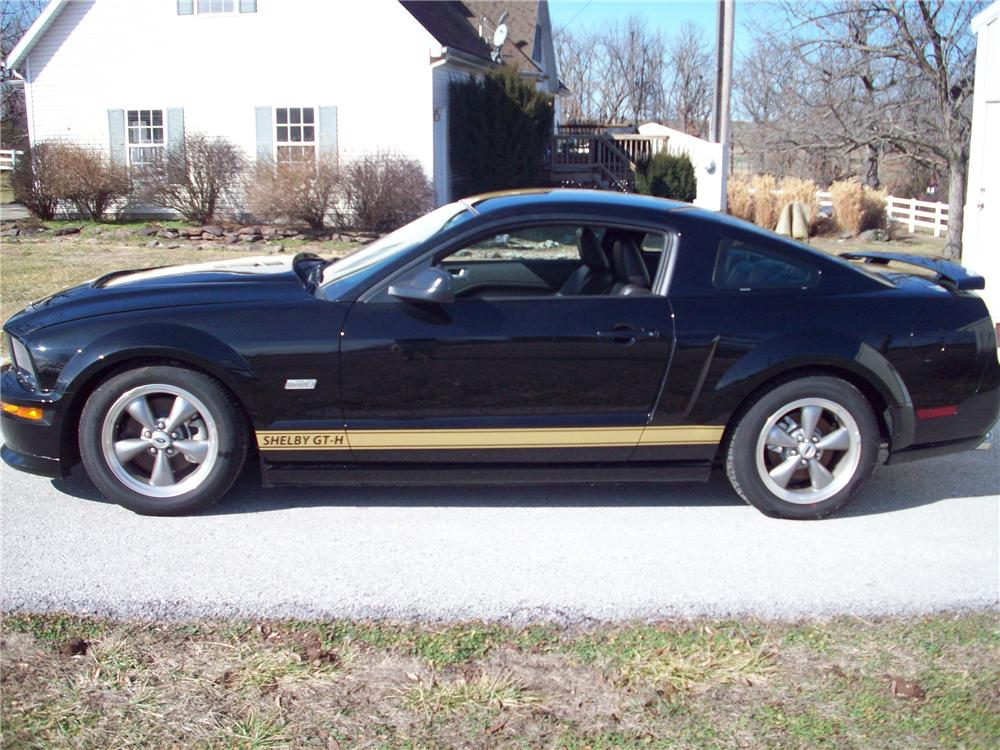 2006 FORD SHELBY GT-H 2 DOOR COUPE - Side Profile - 101986