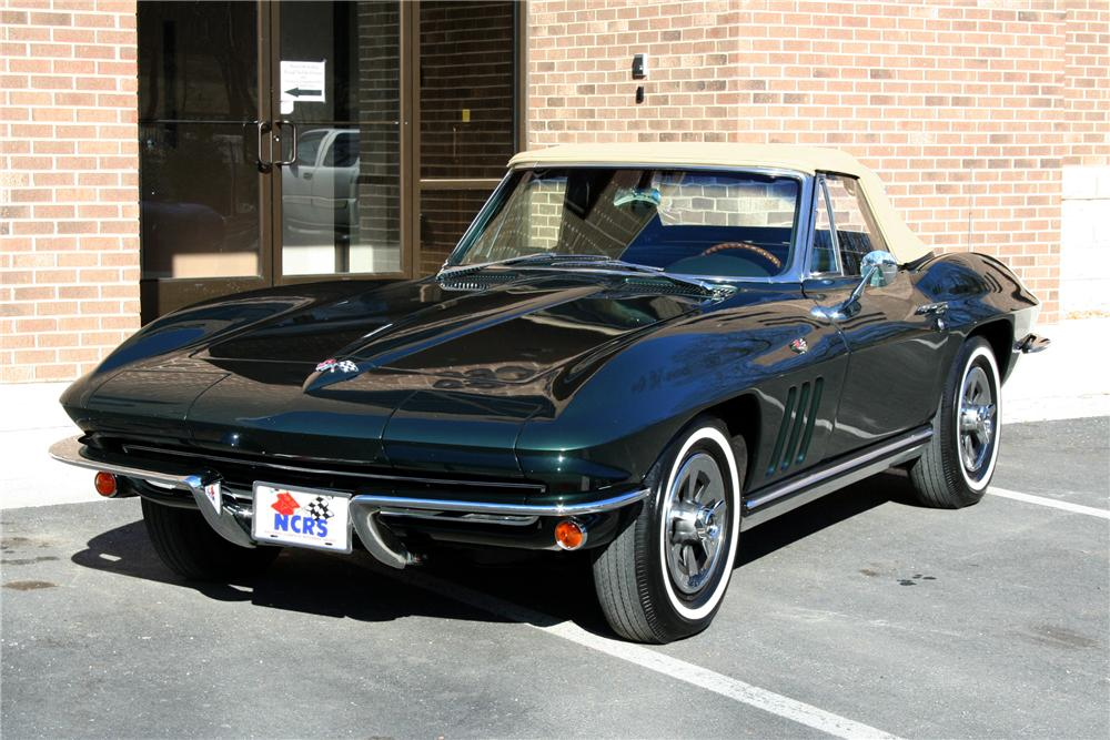 1965 CHEVROLET CORVETTE CONVERTIBLE - Front 3/4 - 101990