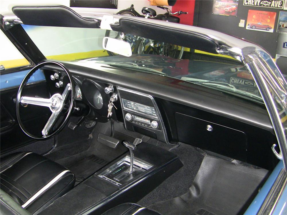 1967 CHEVROLET CAMARO CONVERTIBLE - Interior - 102034