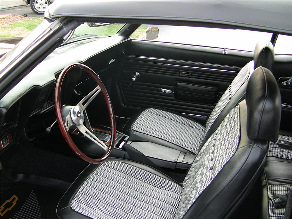 1969 CHEVROLET CAMARO SS CONVERTIBLE - Interior - 102036