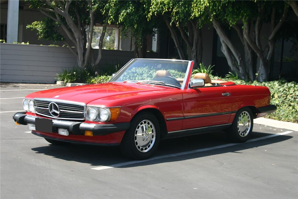 1987 MERCEDES-BENZ 560SL ROADSTER - Front 3/4 - 102052