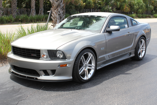 2008 FORD SALEEN MUSTANG 25TH ANNIVERSARY EDITION - Front 3/4 - 102057