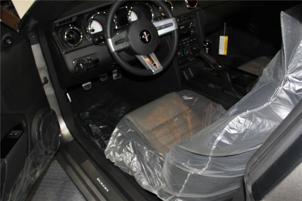 2008 FORD MUSTANG ROUSH P-51A - Interior - 102058
