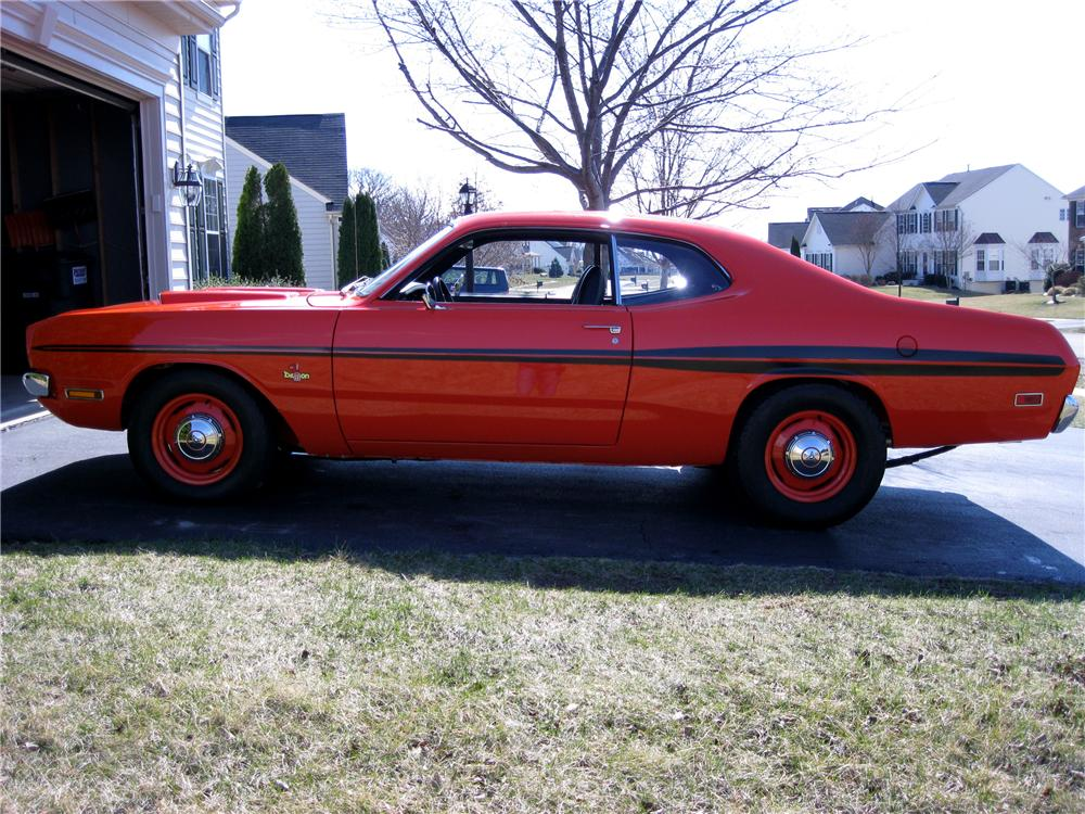 1971 DODGE DEMON CUSTOM 2 DOOR COUPE - Side Profile - 102062