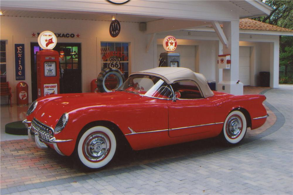 1954 CHEVROLET CORVETTE CONVERTIBLE - Front 3/4 - 102063