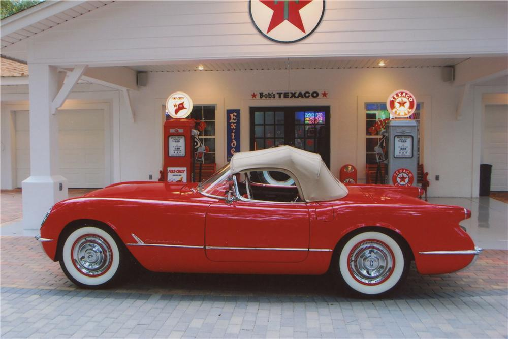 1954 CHEVROLET CORVETTE CONVERTIBLE - Side Profile - 102063