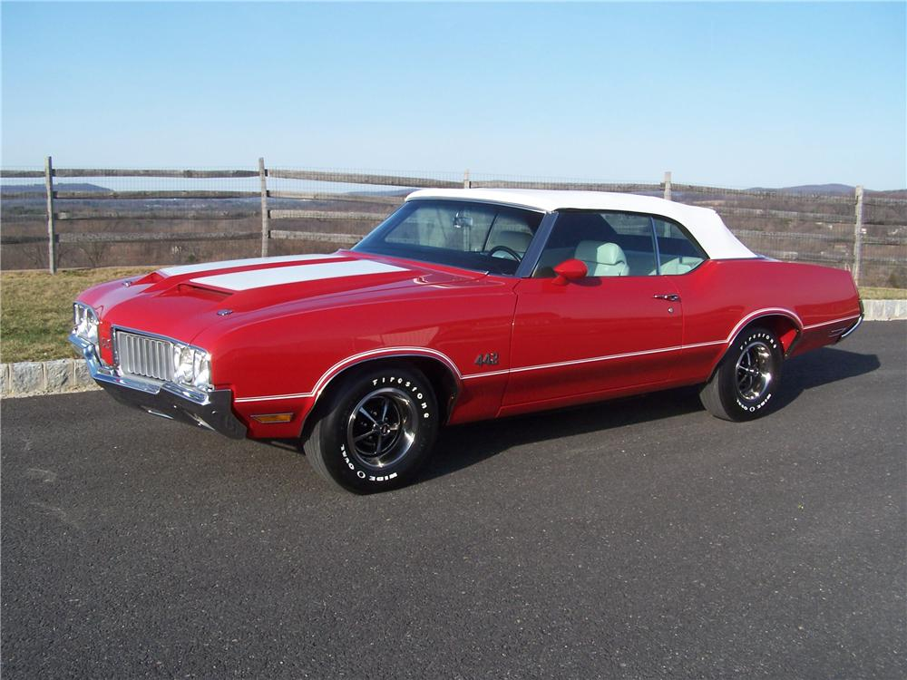1970 OLDSMOBILE 442 CONVERTIBLE - Front 3/4 - 102069